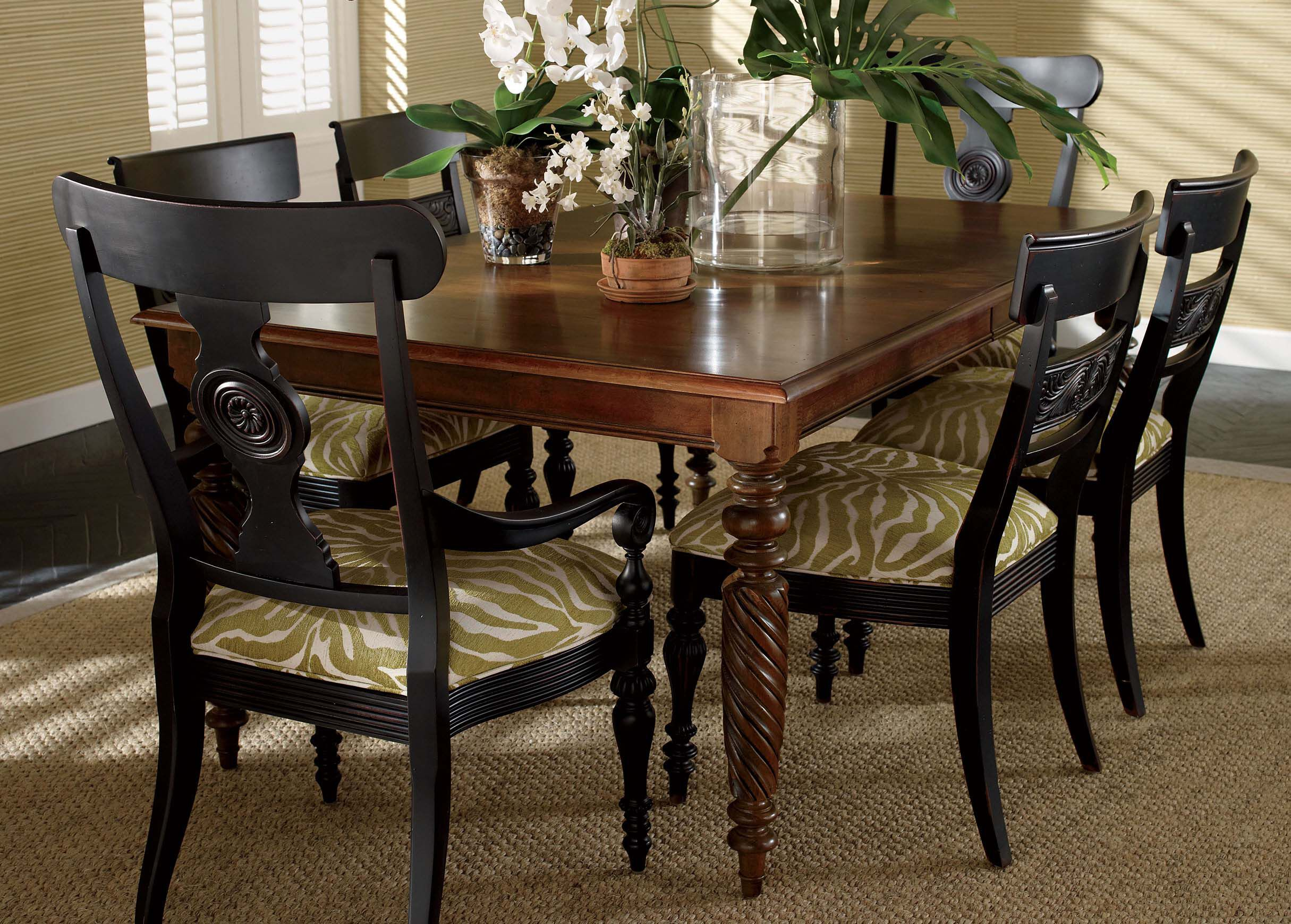 Livingston Dining Table | Dining Tables